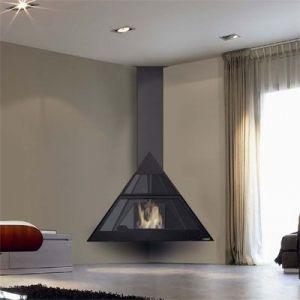 Камин Admeto, угловой, подвесной, черный (Traforart)