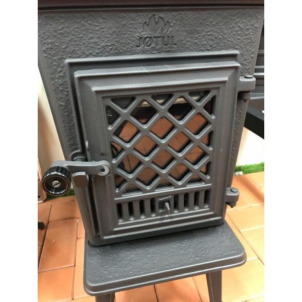 Jotul F 602 N GD BP чугунная печь-камин, 8 кВт