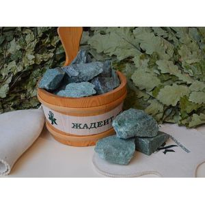 Камни для бани Жадеит колотый средний (ведро 20 кг)